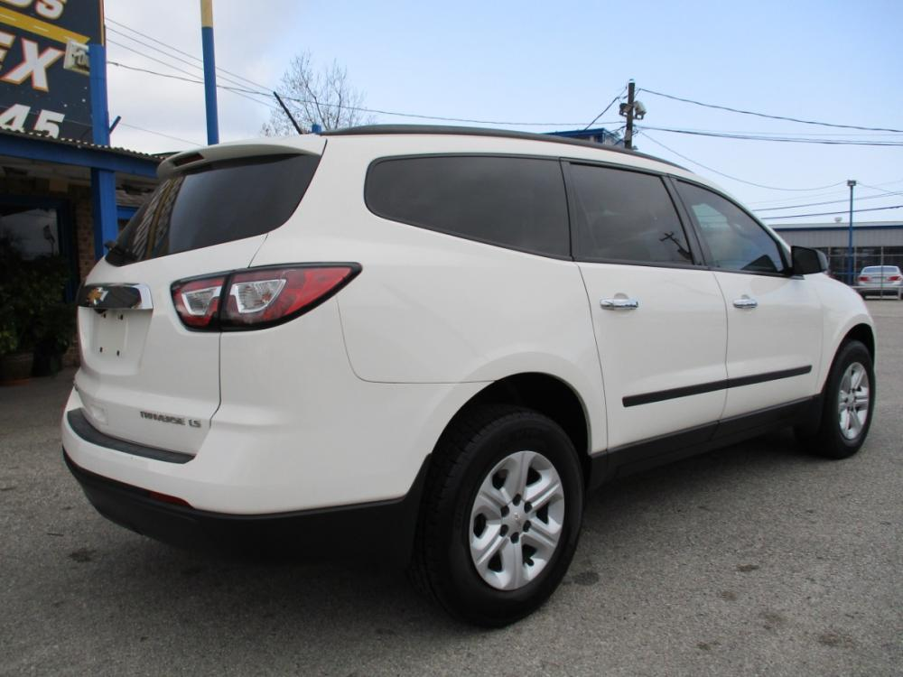2014 WHITE CHEVROLET TRAVERSE LS FWD w/PDC (1GNKRFEDXEJ) with an 3.6L V6 DOHC 24V engine, 6-SPEED AUTOMATIC transmission, located at 310 Spencer Hwy, South Houston, TX, 77587, (713) 947-1245, 29.664383, -95.228897 - Photo #2