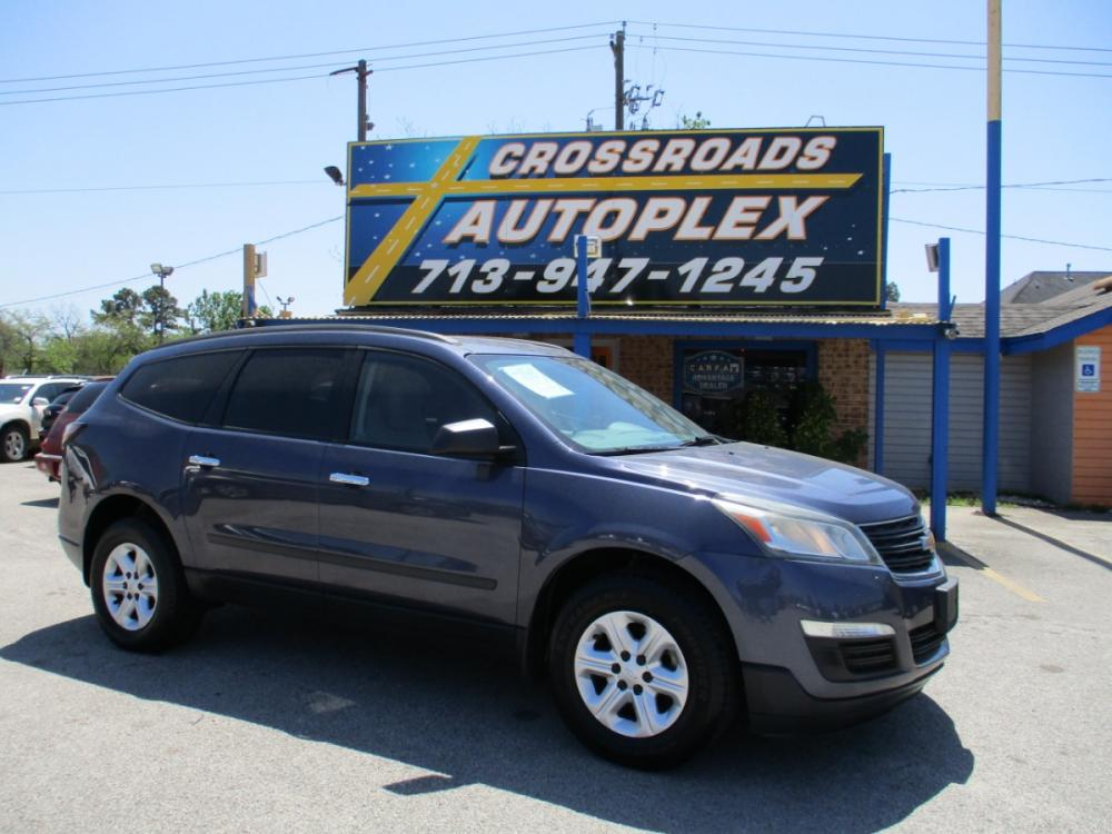2013 BLUE CHEVROLET TRAVERSE LS FWD w/PDC (1GNKRFED7DJ) with an 3.6L V6 DOHC 24V engine, 6-SPEED AUTOMATIC transmission, located at 310 Spencer Hwy, South Houston, TX, 77587, (713) 947-1245, 29.664383, -95.228897 - Photo #0