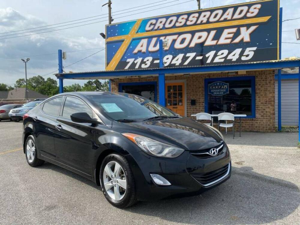 2013 BLACK HYUNDAI ELANTRA Limited (KMHDH4AE0DU) with an 1.8L L4 DOHC 16V engine, 6-SPEED AUTOMATIC transmission, located at 310 Spencer Hwy, South Houston, TX, 77587, (713) 947-1245, 29.664383, -95.228897 - Photo #0